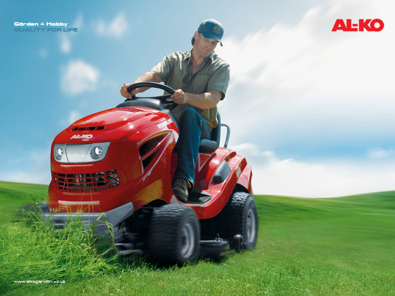 Garden Tractors and Ride on Mowers: powerful and comfortable.